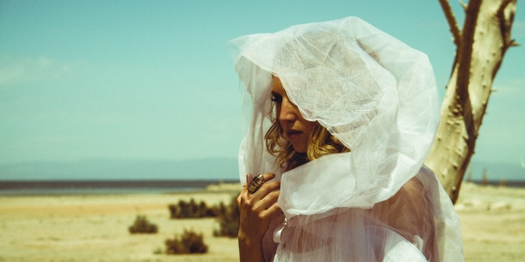 Oona_'Kaleidoscope'__FilmStills_DevinSchiro_27